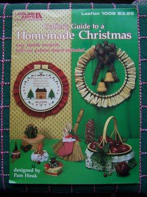 Vintage Leisure Arts Christmas Crafts Ornaments Baskets Tree Skirt Wreaths Hoop