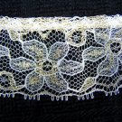 USA 1 Cent S&H 4 YD Vintage Christmas Crafts Lace Gold Shiny Metallic Thread Poinsettias