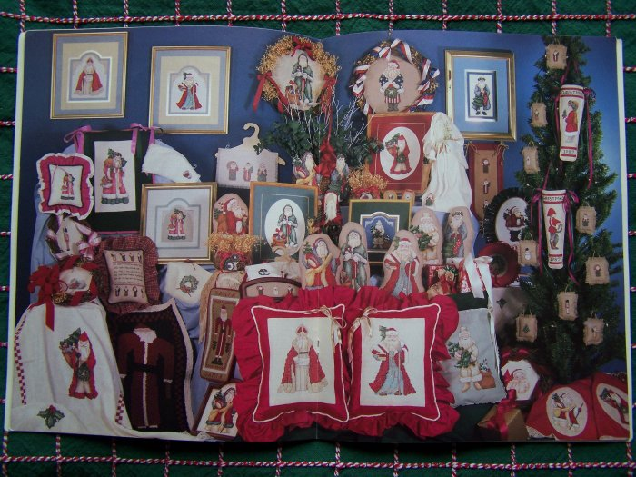 25 Vintage Old World Santa Counted Cross Stitch Patterns Book