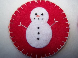 2 Red Penny Rug Felt Christmas Tree Ornaments Snowmen USA 1 Cent Shipping