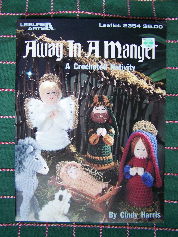 Christmas Crochet Patterns Nativity 13 Piece Set Away in A Manger