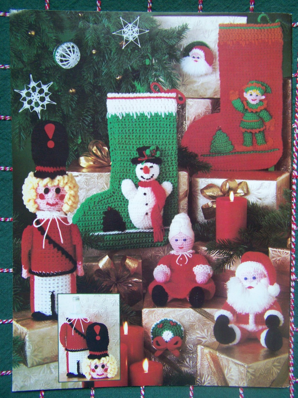 USA FREE S&H 18 Vintage Crochet Christmas Patterns Book