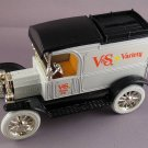 HARD TO FIND VINTAGE DIECAST 1913 FORD MODEL T VAN (LOCKING BANK)