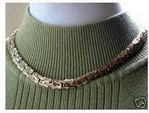 DANA is a TEXTURED GOLD NECKLACE