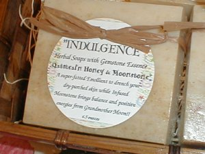 INDULGENCE  Milk' N  Honey Earthsong Big Bar Soap