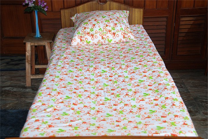 New Luxury single / twin cotton flannelle sheet set with pillowcase 425 gsm. Rings & roses orange