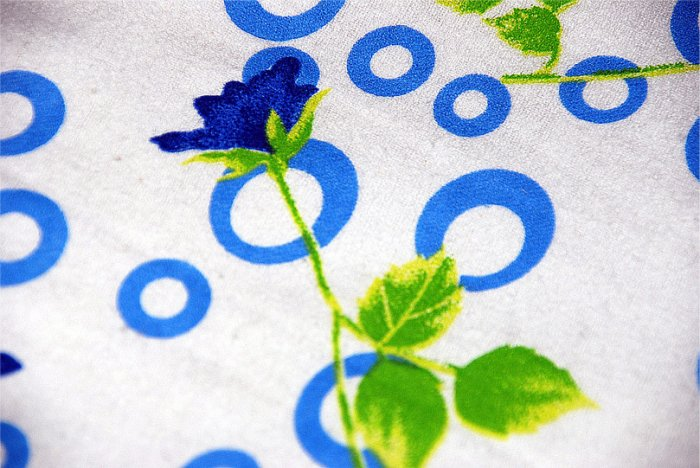 New Luxury single / twin cotton flannelle sheet set with pillowcase 425 gsm. Rings & roses blue