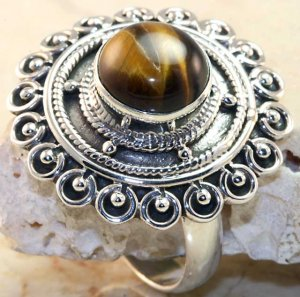 New Tigers Eye Cocktail Ring set in 925 Sterling Silver Ring Size 9