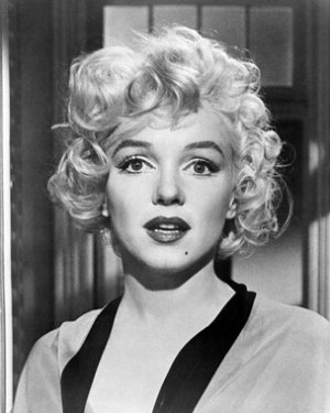 "New Glossy Black and White Photo Marilyn Monroe in her robe 8"" x 10"" from Some Like It Hot"