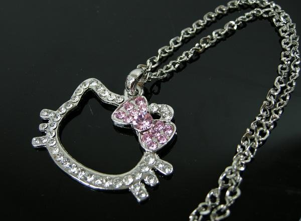 New Hello Kitty  Crystal Necklace with Pink Bow