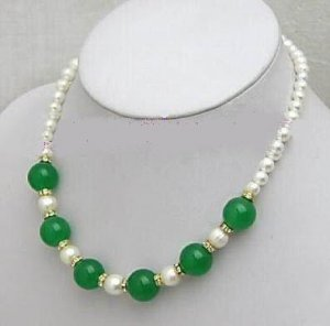 Genuine White Freshwater Pearl Green Jade Necklace Earring Set