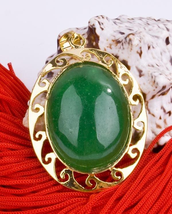 18K Gold Jade Chinese Lantern Amulet Talisman Pendant Necklace