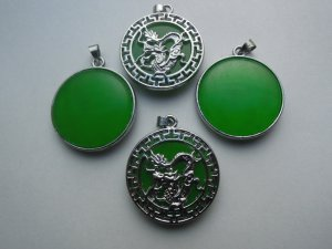 Silver Chinese Jade Dragon Round Pendant Necklace
