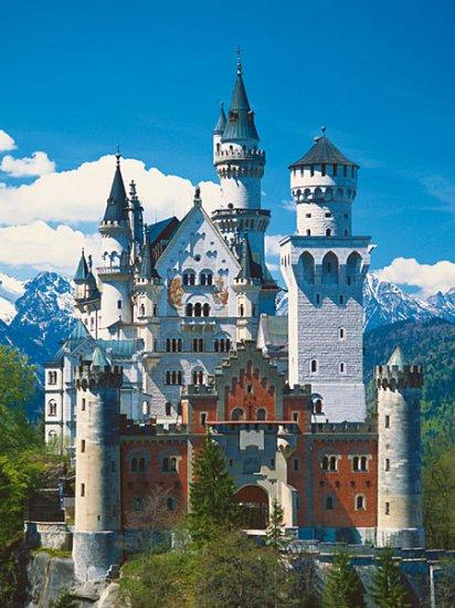 Neuschwanstein Castle - 500 piece Ravensburger puzzle - for Ages 12+