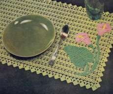 Table Doily in Applique Crochet
