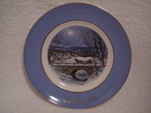 AVON CHRISTMAS PLATE 1979 WEDGWOOD DASHING