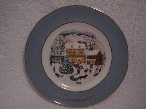 "AVON CHRISTMAS PLATE 1980 ""WEDGWOOD COUNTRY CHRISTMAS"""
