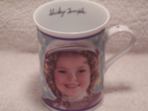 Danbury Mint Fine Porcelain Mug Shirley Temple Wee Willie Winkie 1937