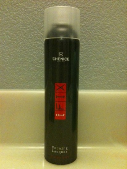 Chenice Forming Lacquer Strong Hold 10.17oz