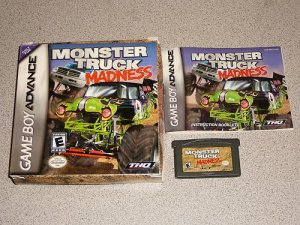 MONSTER TRUCK MADNESS 100% BOXED GAMEBOY ADVANCE GBA DS