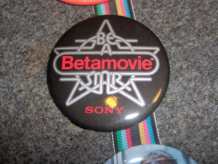 Sony Be A BetaMovie Star Pinback Button Original Beta