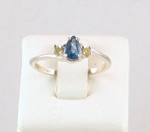 Fine Genuine Kanchanaburi SAPPHIRE & YELLOW DIAMOND Sterling RING