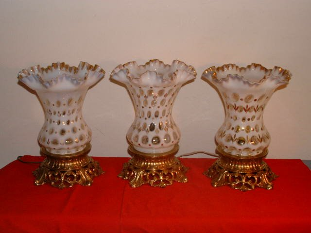 Fenton Coin Dot French Opalescent Lamp With Gold.