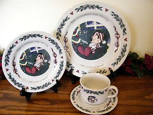 Disney Mickey Night Before Christmas 4 Piece Place Setting