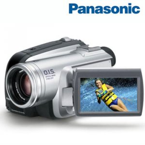 PANASONIC&Acirc;&reg; ULTRA-COMPACT MINI DV CAMCORDER