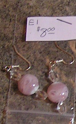 E1 - Pink/Rose Swirl Glass Beaded Earrings