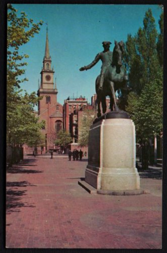 1950s BOSTON, Mass. - Old North Church / Paul Revere Statue - Unused Postcard