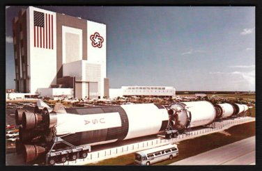 1980s(?) KENNEDY SPACE CENTER, FLORIDA - Saturn V Rocket - Unused Postcard
