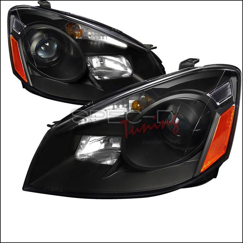 Spec-D: 05-06 Nissan Altima Projector Headlights (Black)