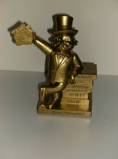 Hasbro Family Game Night Collectible Mr. Monopoly Trophy Toys 'R' Us Exclusive