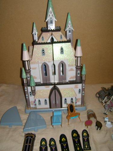 Frozen Castle of Arendelle large folding Play Set with Dolls & Furniture