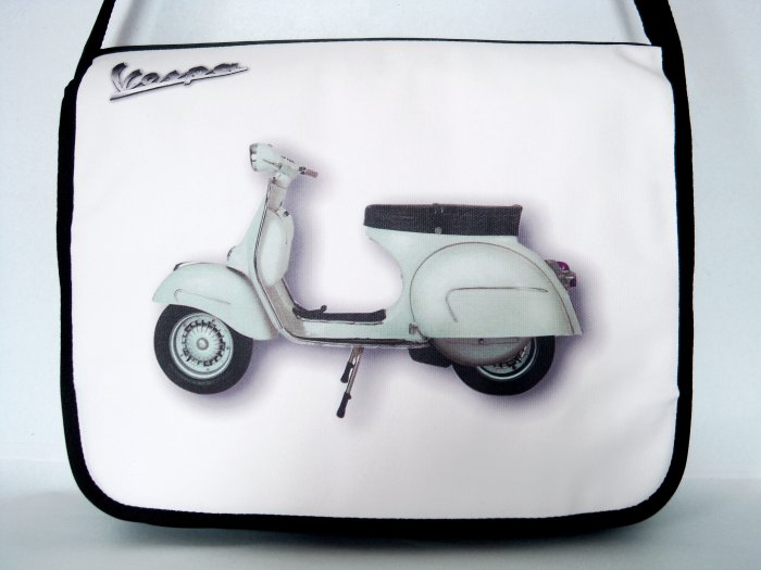 Vespa Retro Motorcycle 15'' Laptop Notebook Shoulder Case Bag