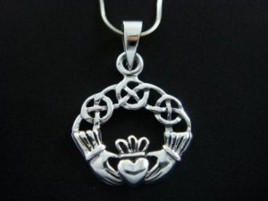 925 Sterling Silver Celtic Irish Claddagh Charm Pendant