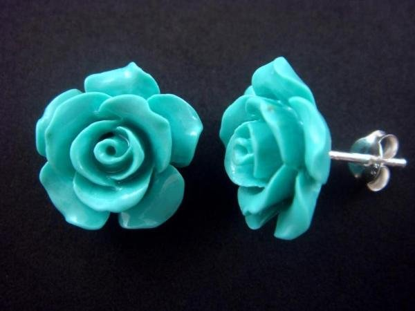 925 Sterling Silver Flower Blue Coral Stud Earrings Set