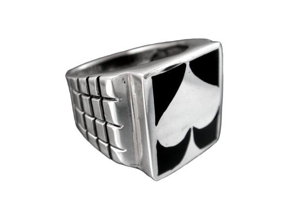 925 Sterling Silver Man's Spade Motif Card Game Ring 14gr