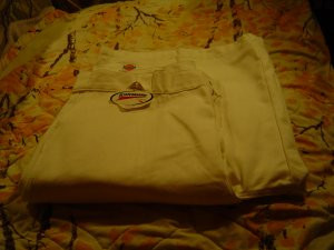 NWT sz 40 Mens White Dickie Shorts