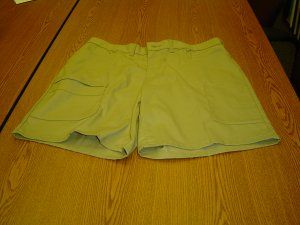 NWT sz 16 Womens Cell Phone Shorts  Dickies