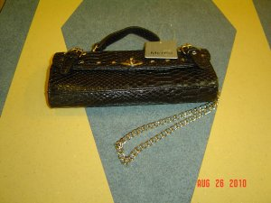 METRO 7 PURSE NWT $15.00 FREE SHIPPING