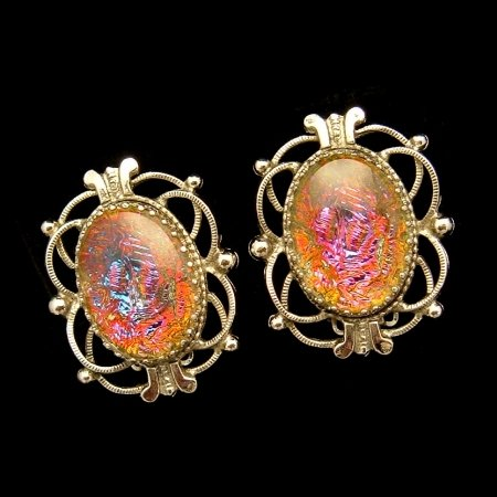 Beautiful WHITING DAVIS Vintage Earrings Foiled Art Glass