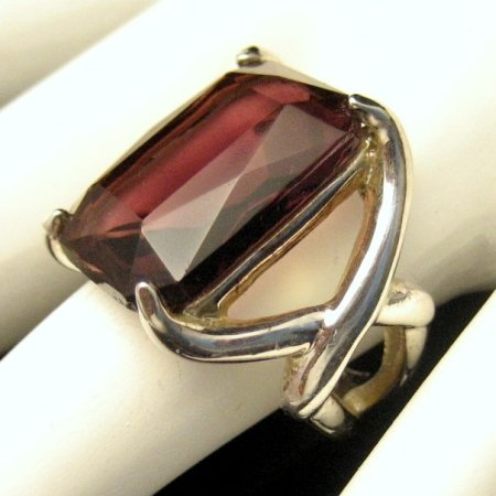 Vintage Cocktail Ring Glass Faux Amethyst Solitaire Sz 6