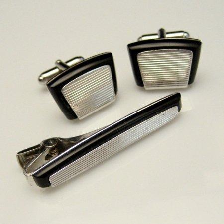 Vintage Cuff Links Tie Clasp Set Scored Silvertone Black