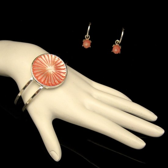 MONET Mid Century Pink Mother of Pearl Vintage Bracelet Earrings Set Carved MOP Hoop Dangles