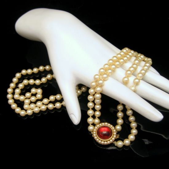 CROWN TRIFARI Vintage 2 Double Strand Glass Faux Pearls Necklace Fancy Clasp
