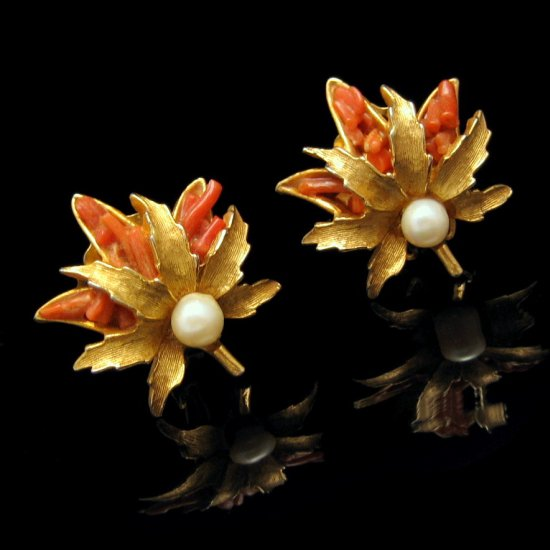 CAPRI Vintage Faux Pearl Coral Glass Clip Earrings Leaf Matte Goldtone