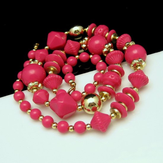 Vintage Statement Necklace Chunky Hot Pink Acrylic Goldtone Beads Varied Shapes