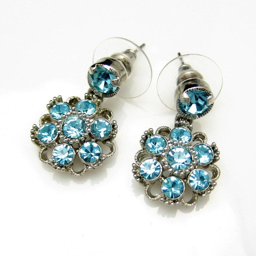 Vintage Earrings Mid Century Aqua Blue Rhinestones Flower Dangles Pierced Very Pretty